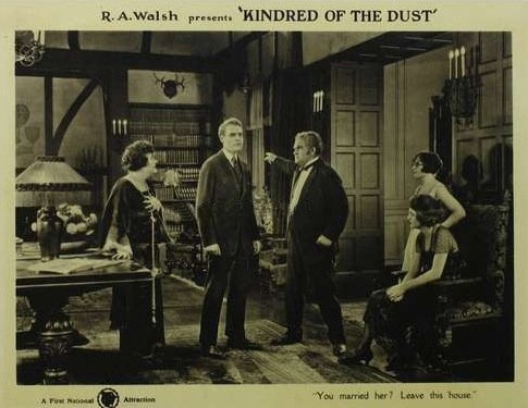 1922 Kindred of the Dust