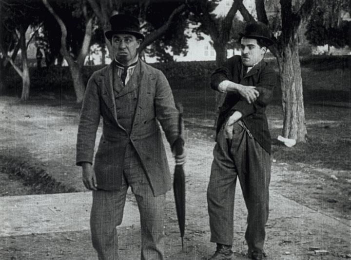 Charlot et le parapluie (Between showers) - de Henry Lehrman - 1914 dans 1895-1919 charlot-et-le-parapluie