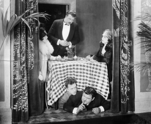 Leur instant d'humiliation (Their purple moment) – de James Parrott (et Leo McCarey) – 1928 dans 1920-1929 leur-instant-dhumiliation