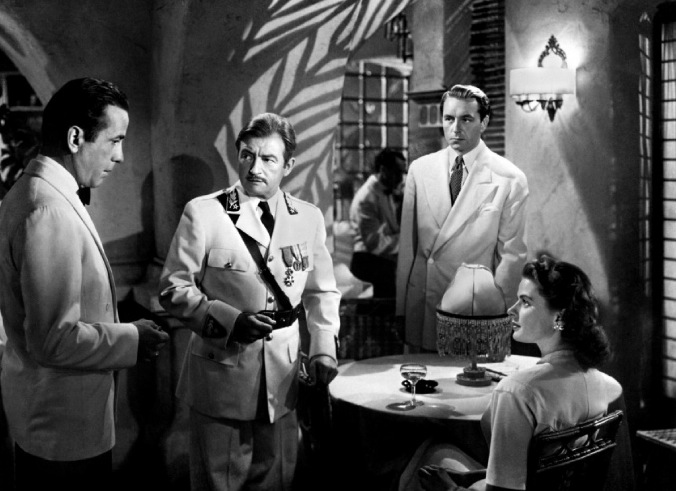 Casablanca (id.) – de Michael Curtiz – 1942 dans 1940-1949 casablanca-wore-grey