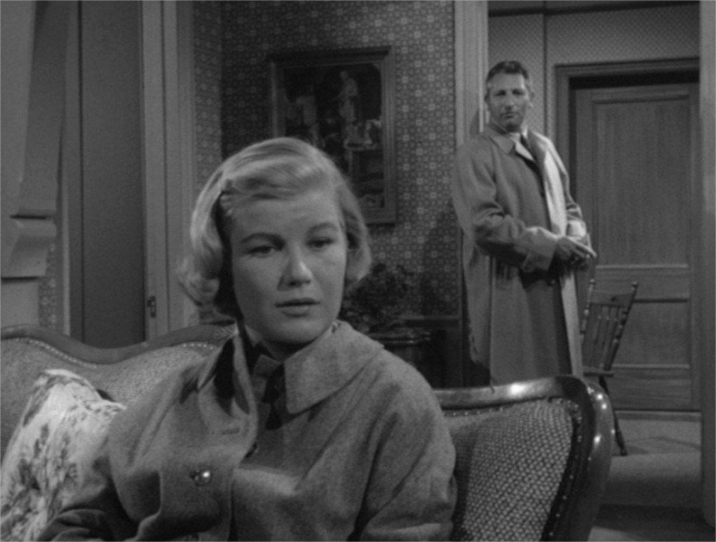 Alfred Hitchcock présente L'Inspecteur se met à table